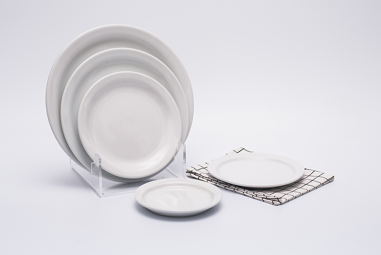 Great white round flat narrow rim plate for hotel catering